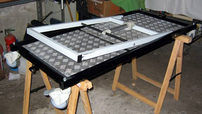 diy que faire avec un lit m dicalis le repaire. Black Bedroom Furniture Sets. Home Design Ideas